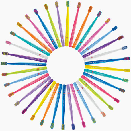 curaprox-image-text-toothbrush-colors-cs5460-585×550